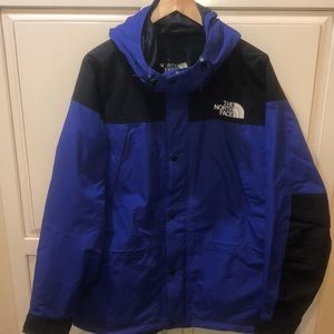 The north face gore Tex ski jacket
